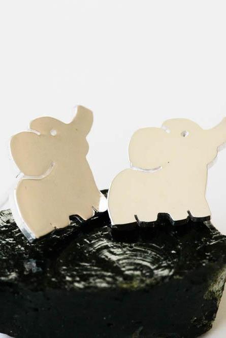 cute elephant stud earring